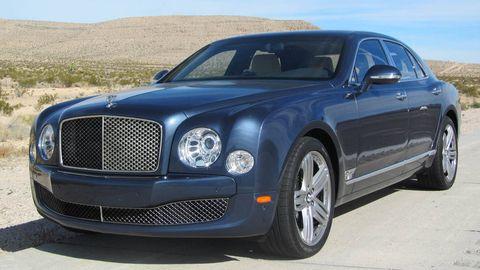 Tire, Vehicle, Rim, Grille, Bentley, Car, Hood, Automotive tire, Fender, Alloy wheel,