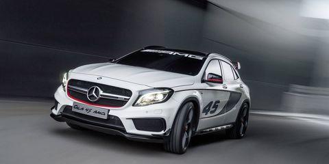 Wheel, Tire, Mode of transport, Automotive design, Vehicle, Transport, Mercedes-benz, Grille, Automotive lighting, Car,