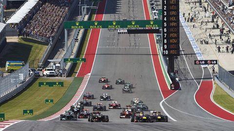 Tire, Sport venue, Automotive tire, Automotive design, Race track, Racing, Line, Road surface, Competition event, Asphalt,