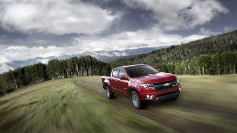 Tire, Wheel, Automotive design, Automotive tire, Vehicle, Land vehicle, Automotive lighting, Cloud, Rim, Landscape,