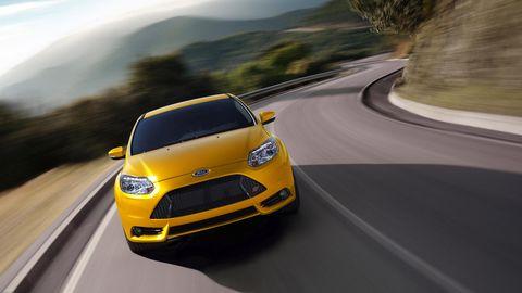 Motor vehicle, Mode of transport, Automotive mirror, Automotive design, Road, Yellow, Transport, Automotive lighting, Infrastructure, Headlamp,