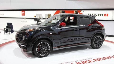 Tire, Motor vehicle, Wheel, Automotive design, Product, Automotive tire, Vehicle, Automotive exterior, Car, Rim,