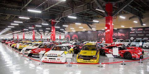 Automotive design, Vehicle, Car, Motorsport, Automotive exterior, Touring car racing, Race car, Sports car racing, Logo, Bumper,
