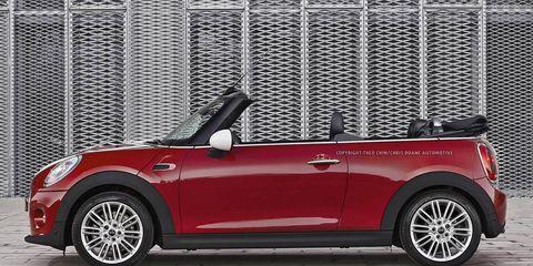 Wheel, Tire, Automotive design, Vehicle, Automotive exterior, Vehicle door, Car, Red, Automotive lighting, Spoke,