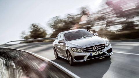 Wheel, Mode of transport, Automotive design, Vehicle, Land vehicle, Grille, Car, Mercedes-benz, Alloy wheel, Personal luxury car,