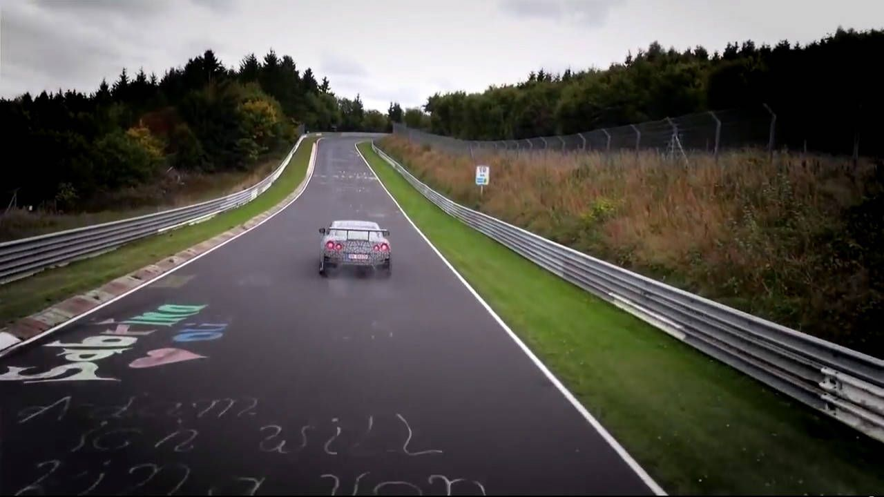 Learn how the Nissan GT-R NISMO did a 7:08 at the Nürburgring