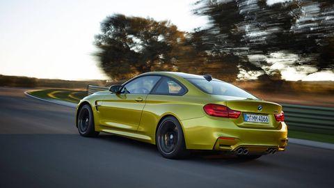 Tire, Wheel, Mode of transport, Automotive design, Vehicle, Yellow, Vehicle registration plate, Alloy wheel, Road, Rim,