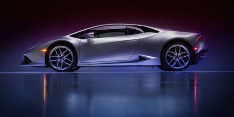 Tire, Wheel, Automotive design, Mode of transport, Vehicle, Land vehicle, Car, Automotive lighting, Transport, Rim,