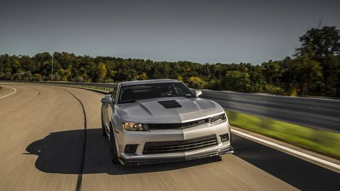 Automotive design, Road, Vehicle, Hood, Infrastructure, Road surface, Headlamp, Automotive exterior, Car, Performance car,