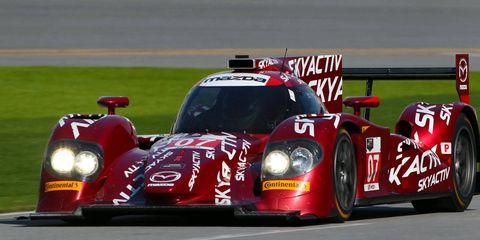 Automotive design, Vehicle, Race track, Motorsport, Sport venue, Sports car racing, Car, Racing, Race car, Auto racing,