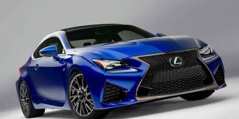 Wheel, Automotive design, Blue, Vehicle, Event, Car, Electric blue, Rim, Alloy wheel, Fender,