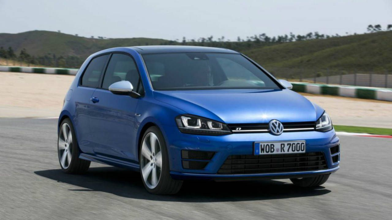 Volkswagen Golf R brings 290 hp to the American hot hatch party