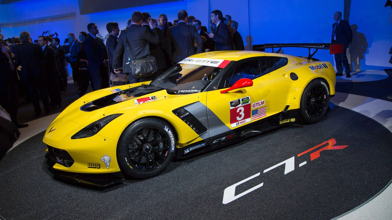 Corvette C7.R is ready for battle in Detroit