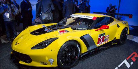 Tire, Automotive design, Vehicle, Yellow, Performance car, Land vehicle, Car, Sports car, Supercar, Fender,