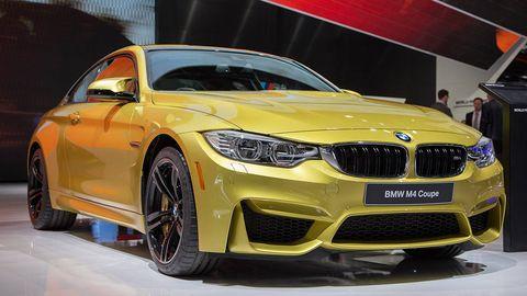Automotive design, Vehicle, Car, Grille, Fender, Performance car, Automotive lighting, Luxury vehicle, Automotive tire, Rim,