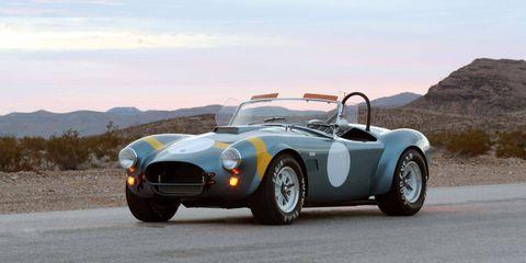 Tire, Wheel, Mode of transport, Automotive design, Vehicle, Land vehicle, Car, Landscape, Automotive tire, Rim,