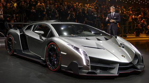 Tire, Mode of transport, Automotive design, Vehicle, Event, Car, Supercar, Rim, Personal luxury car, Sports car,
