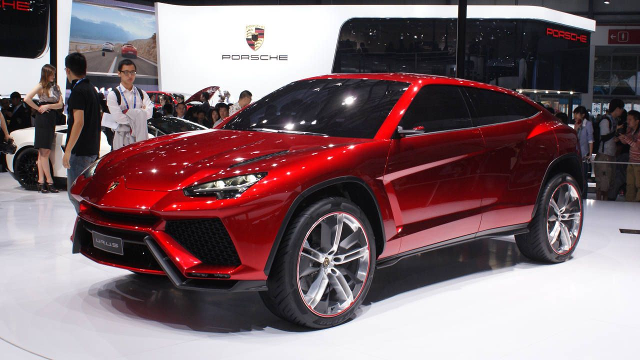 Lamborghini Urus And Carbon Fiber Snow Gear Buy This And This