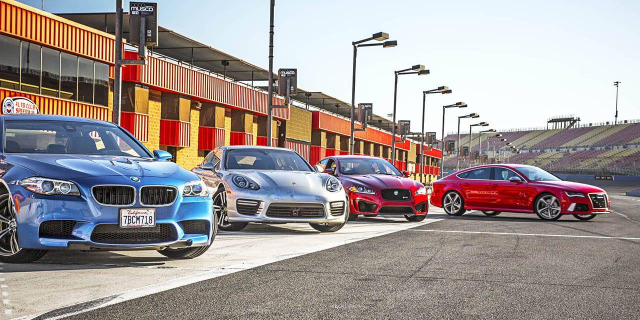 Photos: V8 Supercars comparison test