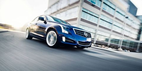 Tire, Wheel, Automotive design, Vehicle, Land vehicle, Grille, Automotive mirror, Car, Rim, Alloy wheel,