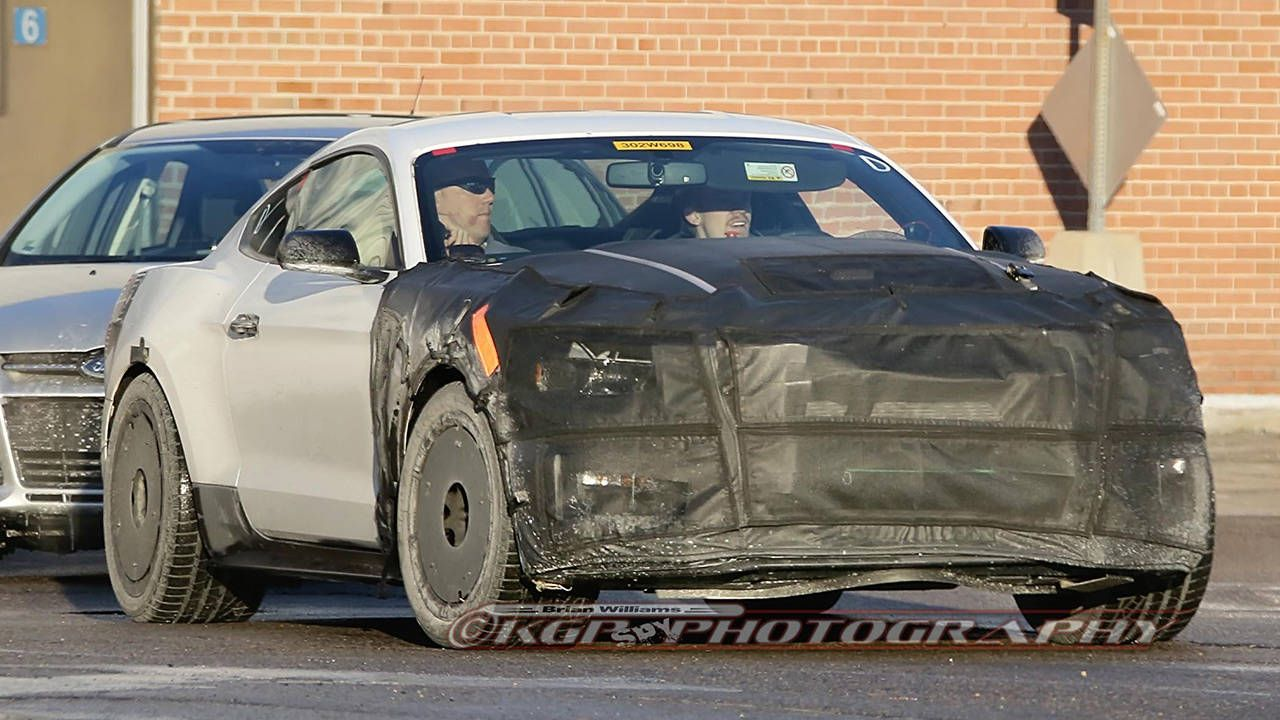 2016 Ford Mustang Shelby GT350 spotted in the wild