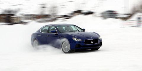 Automotive design, Vehicle, Land vehicle, Car, Automotive mirror, Automotive tire, Hood, Performance car, Fender, Grille,