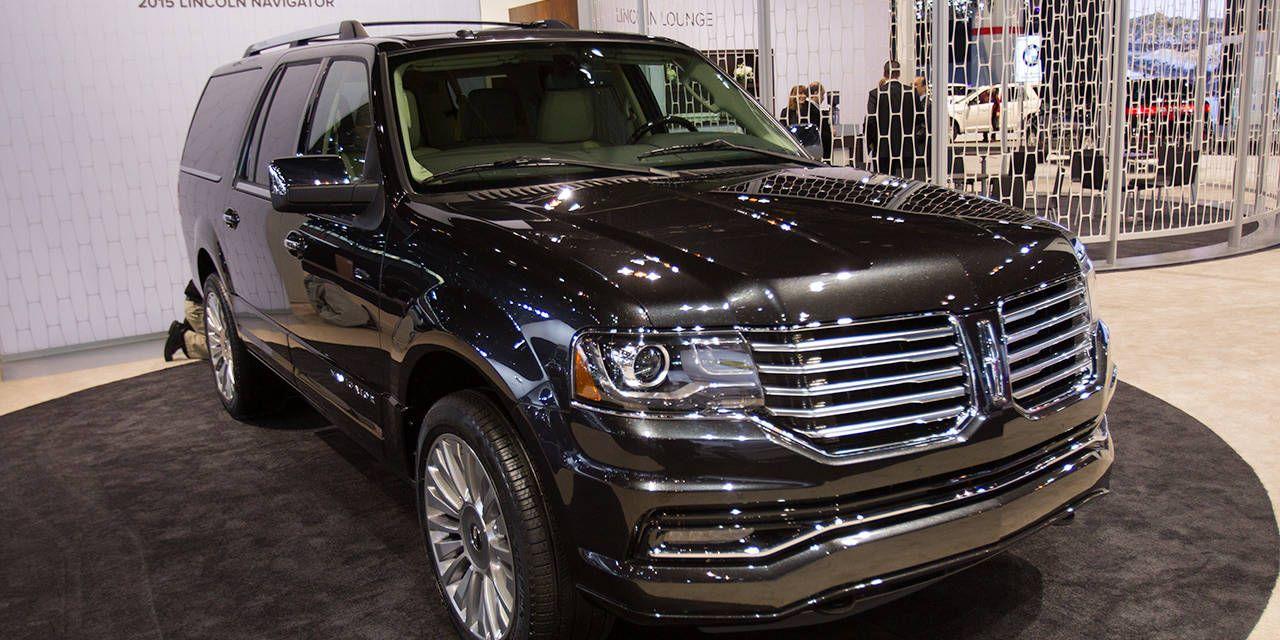 Photos: 2015 Lincoln Navigator at the 2014 Chicago Auto Show