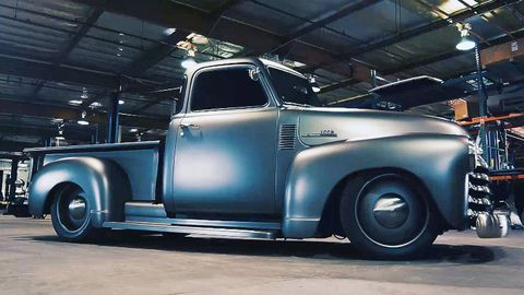 Motor vehicle, Wheel, Automotive tire, Automotive design, Vehicle, Transport, Pickup truck, Rim, Automotive exterior, Automotive wheel system,
