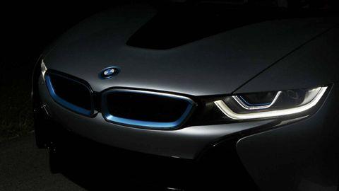 Automotive design, Automotive exterior, Grille, Car, Personal luxury car, Hood, Luxury vehicle, Light, Performance car, Automotive lighting,