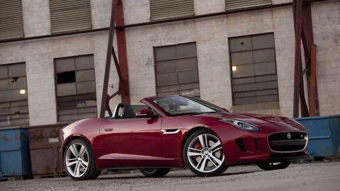 Tire, Wheel, Automotive design, Mode of transport, Vehicle, Alloy wheel, Land vehicle, Car, Rim, Performance car,