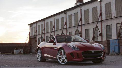Automotive design, Vehicle, Window, Land vehicle, Headlamp, Automotive lighting, Performance car, Rim, Alloy wheel, Car,