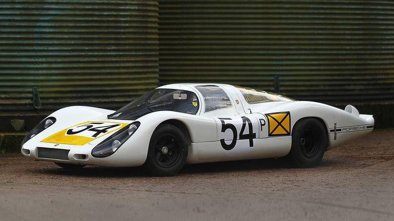 The Porsche 907 that Won at Daytona - Race Cars