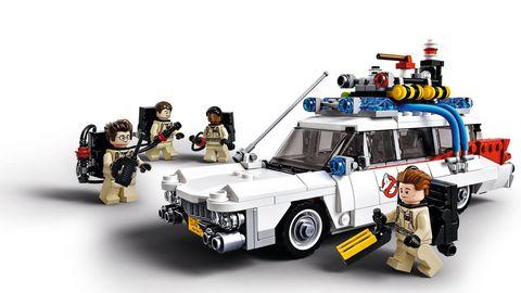 Toy, Law enforcement, Emergency vehicle, Police car, Building sets, Job, Emergency service, Official, Machine gun, Lego,