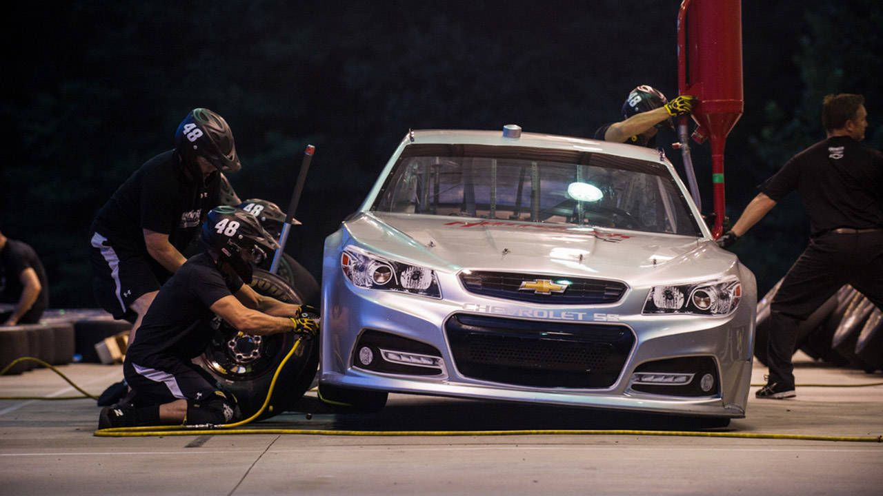 11 things I learned from Jeff Gordon's pit crew