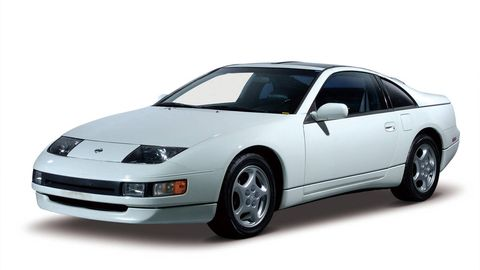 Tire, Automotive mirror, Automotive design, Vehicle, Automotive exterior, Transport, Land vehicle, Automotive parking light, Hood, Automotive lighting,