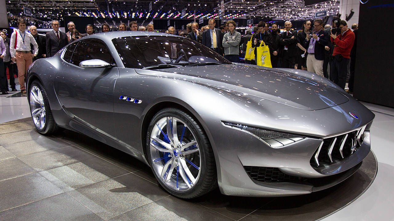 The Maserati Alfieri Concept sounds raw at start-up