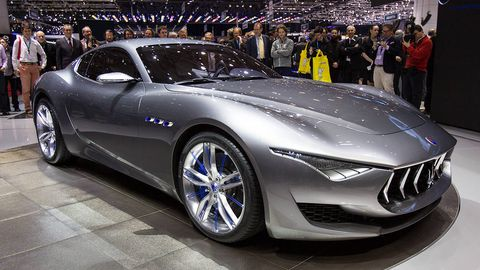 Tire, Wheel, Mode of transport, Automotive design, Vehicle, Land vehicle, Event, Car, Rim, Performance car,