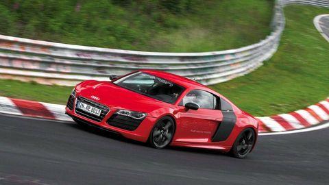 Tire, Automotive design, Vehicle, Land vehicle, Car, Alloy wheel, Performance car, Sports car racing, Rim, Bumper,