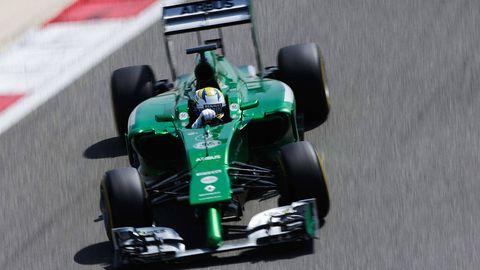Automotive tire, Automotive design, Open-wheel car, Green, Formula one tyres, Formula one car, Automotive wheel system, Formula one, Automotive exterior, Motorsport,
