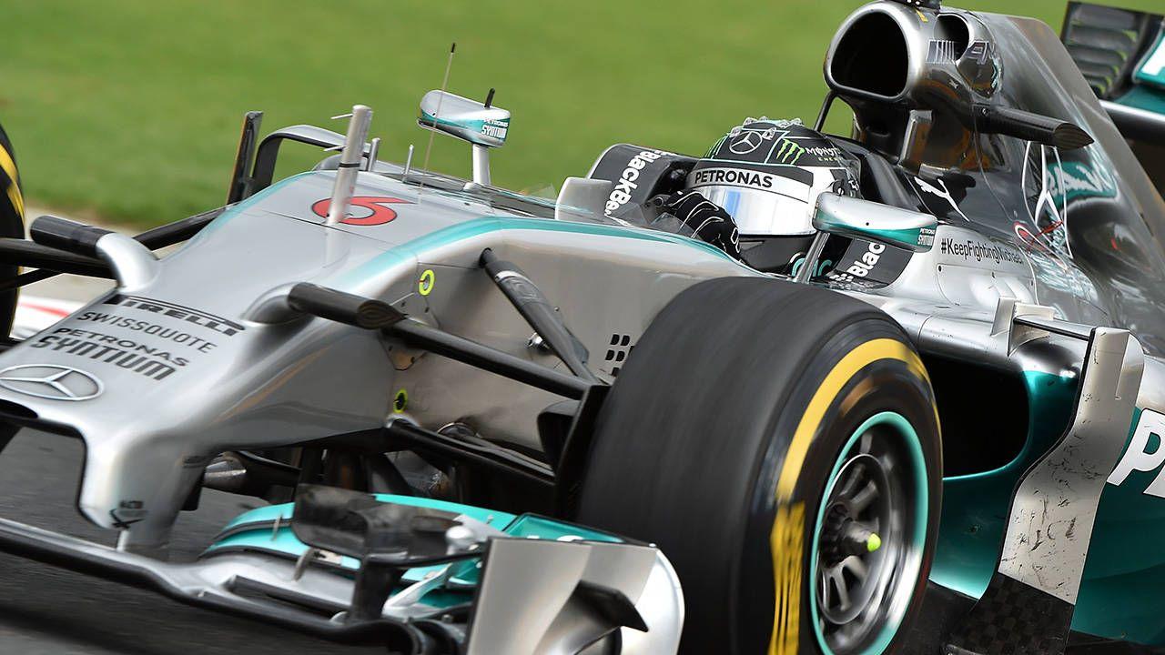 Vettel falters, Rosberg triumphs at F1 Australian Grand Prix