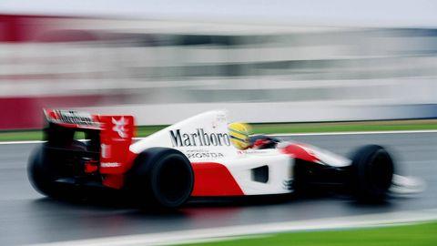 Tire, Wheel, Automotive tire, Automotive design, Mode of transport, Vehicle, Open-wheel car, Automotive wheel system, Race track, Formula one tyres,