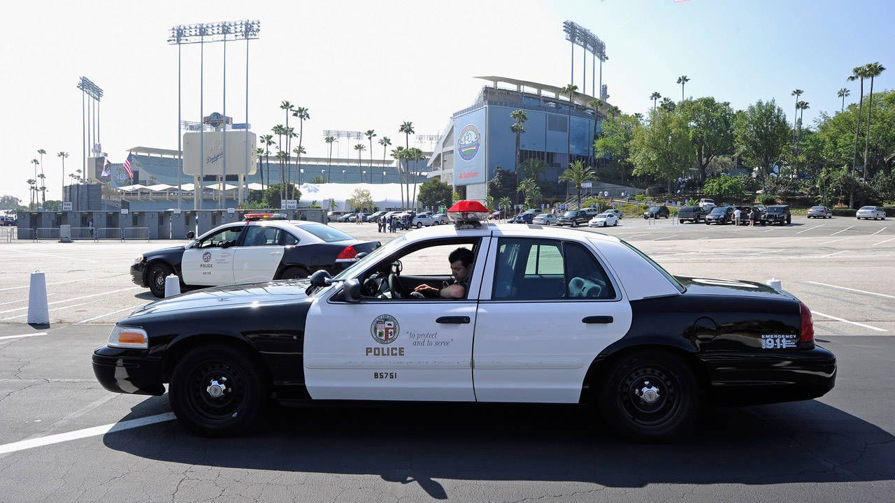 Los Angeles police argue all cars in LA are under investigation