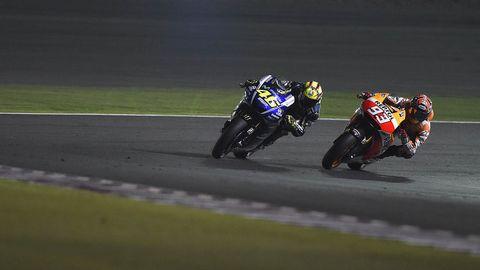 Motorcycle, Motorcycle racing, Motorcycling, Motorsport, Race track, Sport venue, Sports gear, Motorcycle racer, Superbike racing, Racing,