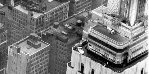 Architecture, Urban area, Neighbourhood, City, Landscape, Facade, Metropolitan area, Landmark, Monochrome, Roof,