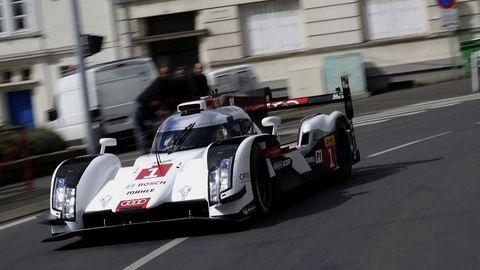 Automotive design, Mode of transport, Motorsport, Sports prototype, Race car, Racing, Asphalt, Auto racing, Spoiler, Race track,