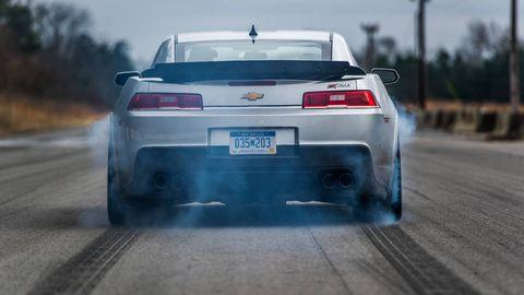 Tire, Automotive tail & brake light, Automotive design, Automotive exterior, Automotive tire, Vehicle, Land vehicle, Automotive lighting, Vehicle registration plate, Car,