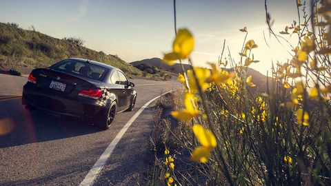 Road, Automotive tail & brake light, Automotive design, Car, Automotive exterior, Trunk, Vehicle registration plate, Full-size car, Automotive lighting, Mid-size car,