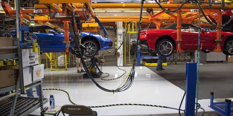 Motor vehicle, Automotive design, Floor, Automotive wheel system, Automotive tire, Automotive parking light, Engineering, Machine, Alloy wheel, Rim,
