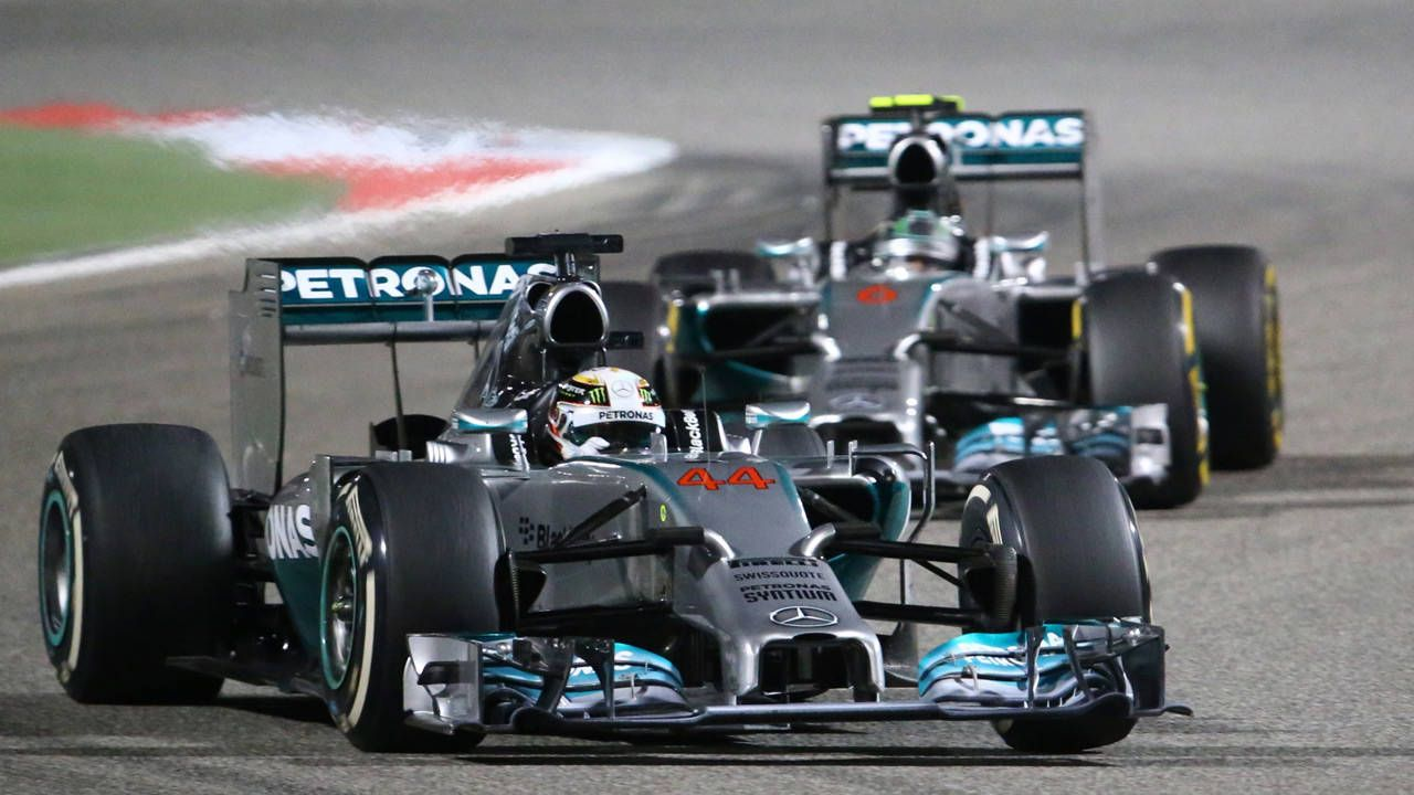 What Mercedes F1's epic Bahrain battle looked like from the stands