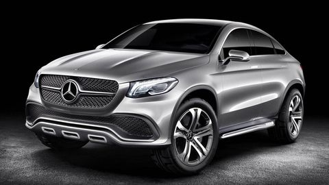 Motor vehicle, Mode of transport, Automotive design, Product, Vehicle, Automotive lighting, Headlamp, Grille, Automotive exterior, Car,